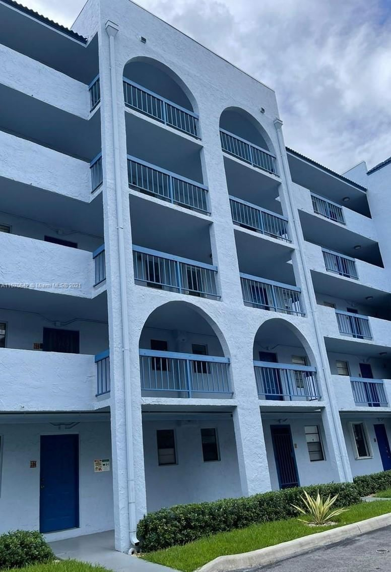 9440 Fontainebleau Blvd #404, Miami, FL 33172 - #: A11070542