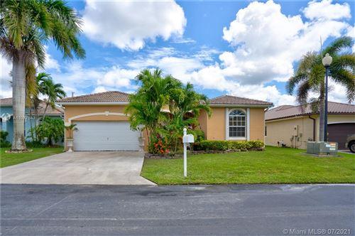 Photo of 2990 SE 7th Pl, Homestead, FL 33033 (MLS # A11077543)