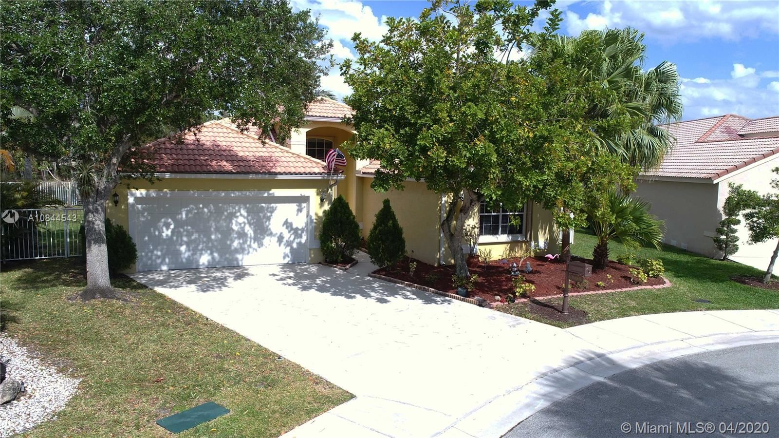305 Lake Crest Ct, Weston, FL 33326 - #: A10844543
