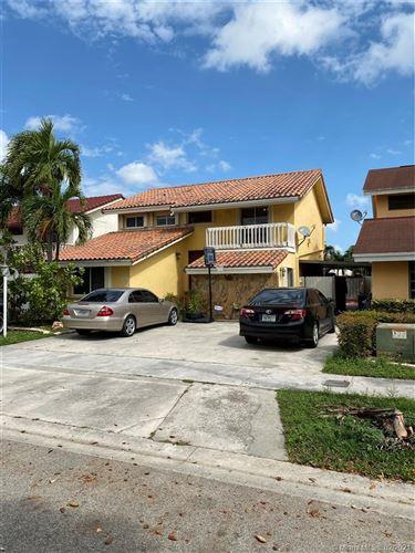 Photo of 501 SW 90th Ct, Miami, FL 33174 (MLS # A10999544)