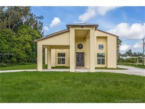 Photo of 6401 Appaloosa Trl, Southwest Ranches, FL 33330 (MLS # A10288545)
