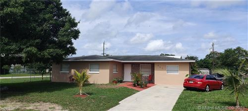 Photo of Fort Myers, FL 33905 (MLS # A11060546)