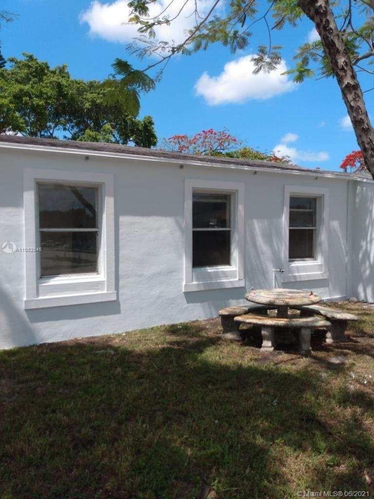4109 SW 14th St, Fort Lauderdale, FL 33317 - #: A11052546
