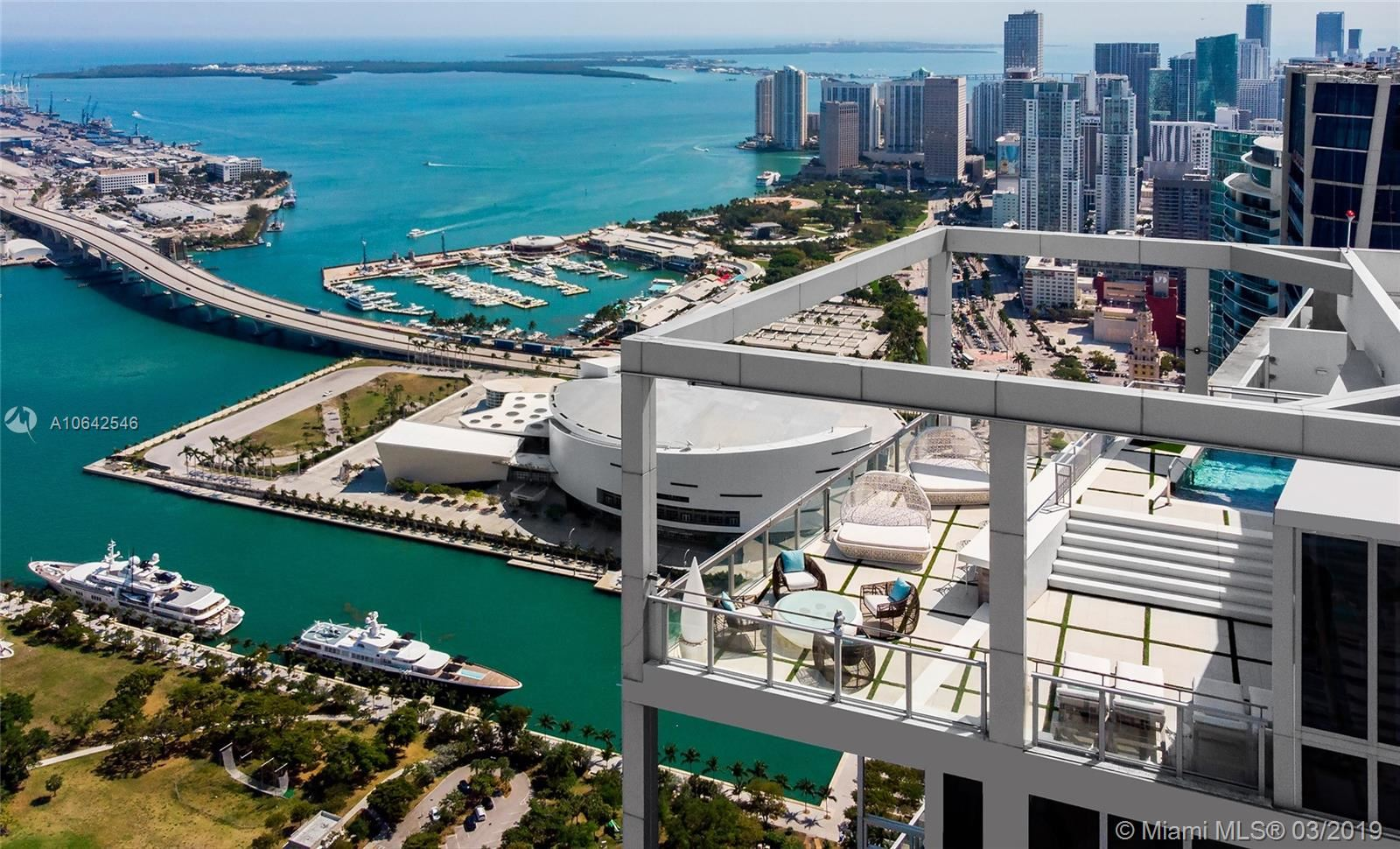Photo 4 of Listing MLS a10642546 in 1100 Biscayne Blvd #6401 Miami FL 33132