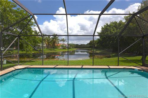 Foto de inmueble con direccion 801 Hampton Ct Weston FL 33326 con MLS A10858547
