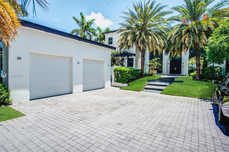 Photo of 224 S Hibiscus Dr, Miami Beach, FL 33139 (MLS # A10989547)