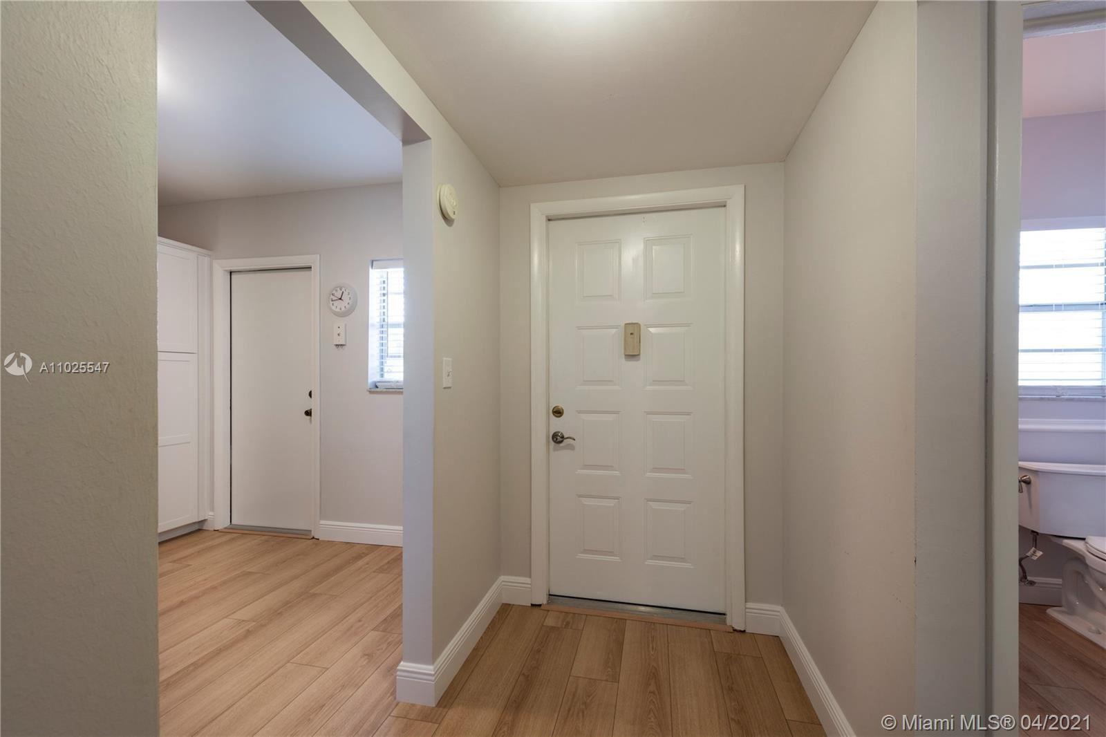 Photo of 6751 Cypress Rd #302, Plantation, FL 33317 (MLS # A11025547)