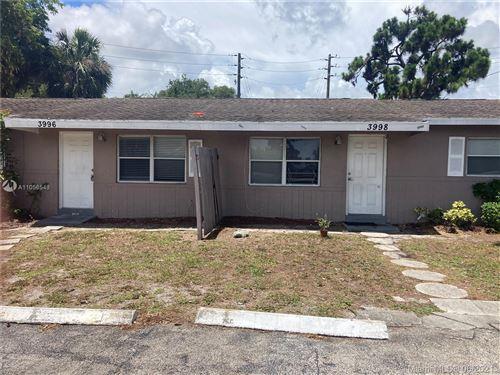 Photo of 3996 W Roan Ct W, Palm Beach Gardens, FL 33403 (MLS # A11056548)
