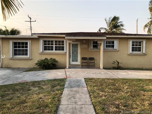 Photo of Listing MLS a10844550 in 3231 NW 176th Ter Miami Gardens FL 33056