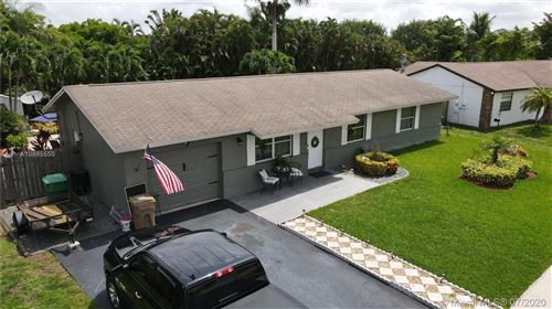 Photo of Listing MLS a10885550 in 12821 SW 10th Ct Davie FL 33325