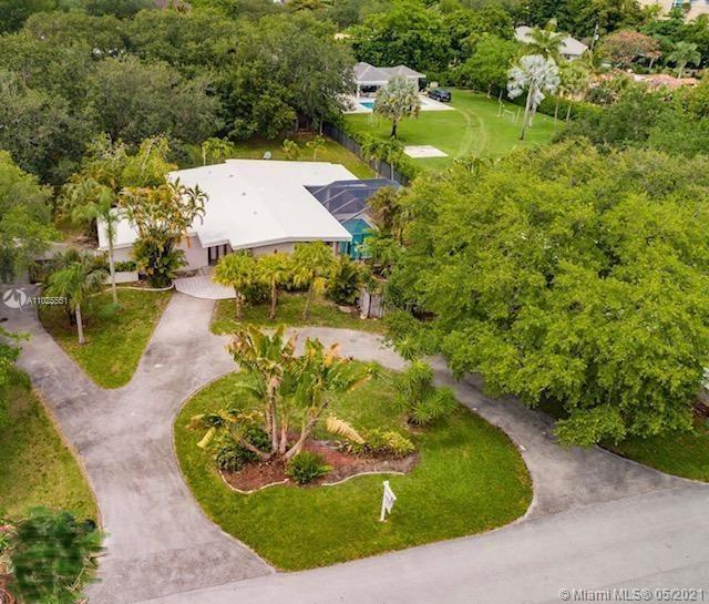 9765 SW 110th St, Miami, FL 33176 - #: A11025551