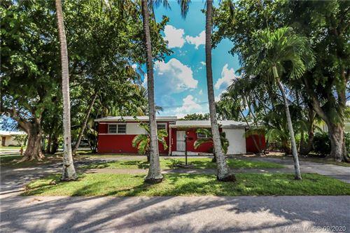 Photo of 7830 SW 15th St, Miami, FL 33144 (MLS # A10930552)