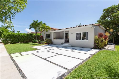 Photo of 2600 SW 24th Ter, Miami, FL 33145 (MLS # A10938552)