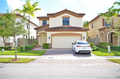 Photo of 10026 NW 89th Ter, Doral, FL 33178 (MLS # A10962552)