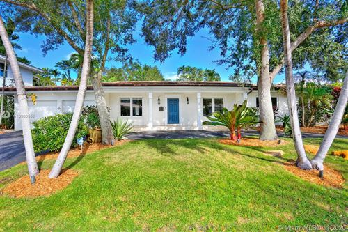 Photo of 105 Morningside Dr, Coral Gables, FL 33133 (MLS # A10960553)
