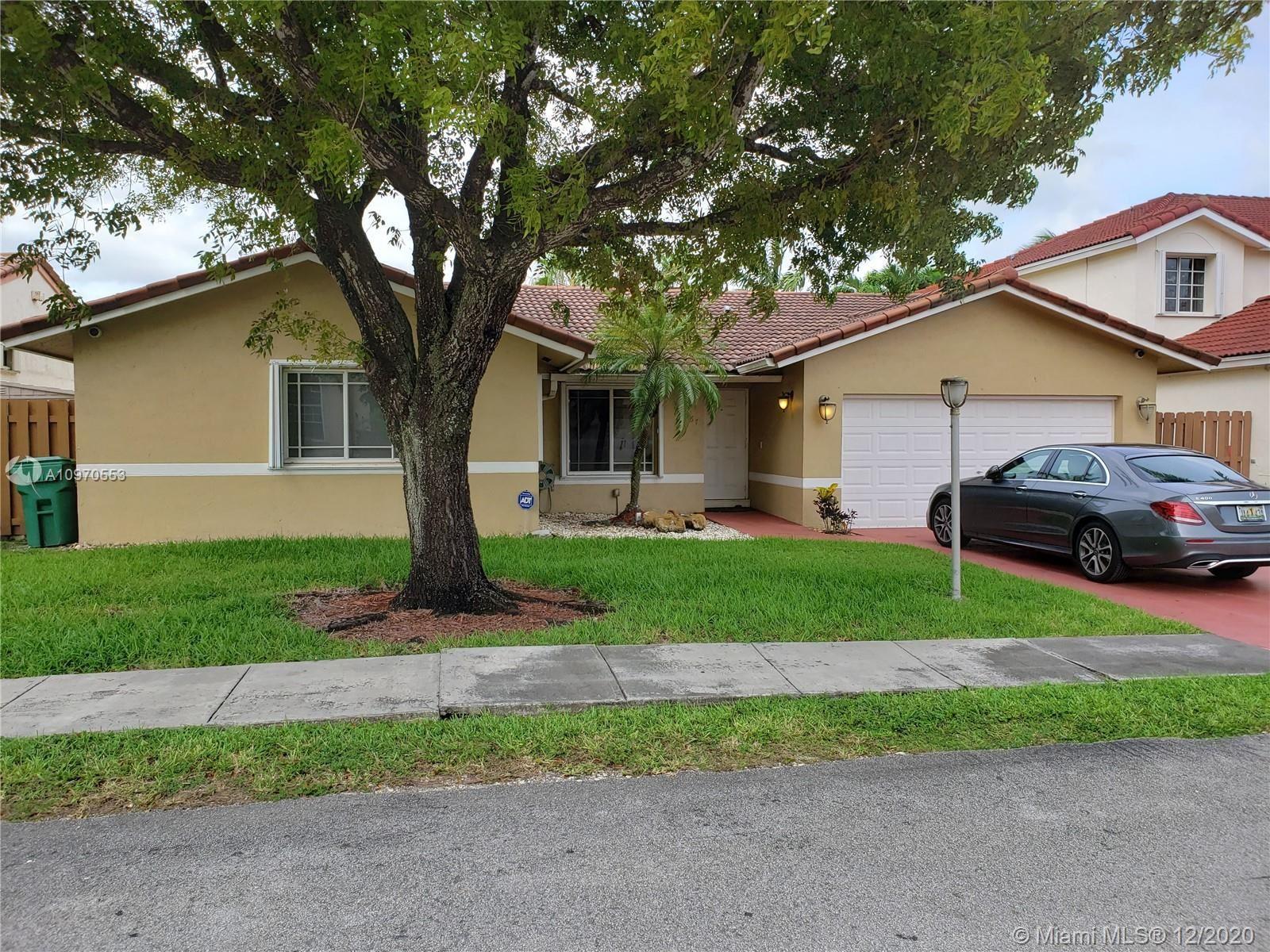 15967 SW 110th St, Miami, FL 33196 - #: A10970553