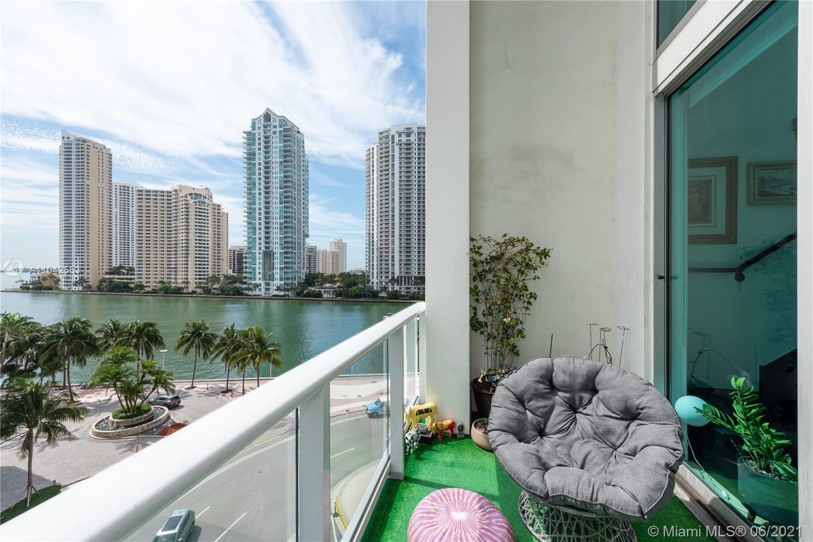 300 S Biscayne Blvd #L-624, Miami, FL 33131 - #: A11042553