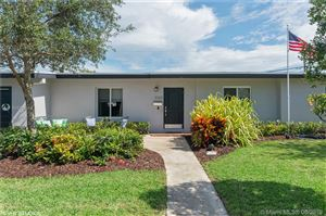 Photo of Listing MLS a10723554 in 9305 SW 179th Ter Palmetto Bay FL 33157