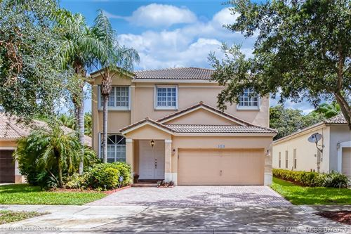 Photo of Listing MLS a10900555 in 16549 Turquoise Trl Weston FL 33331