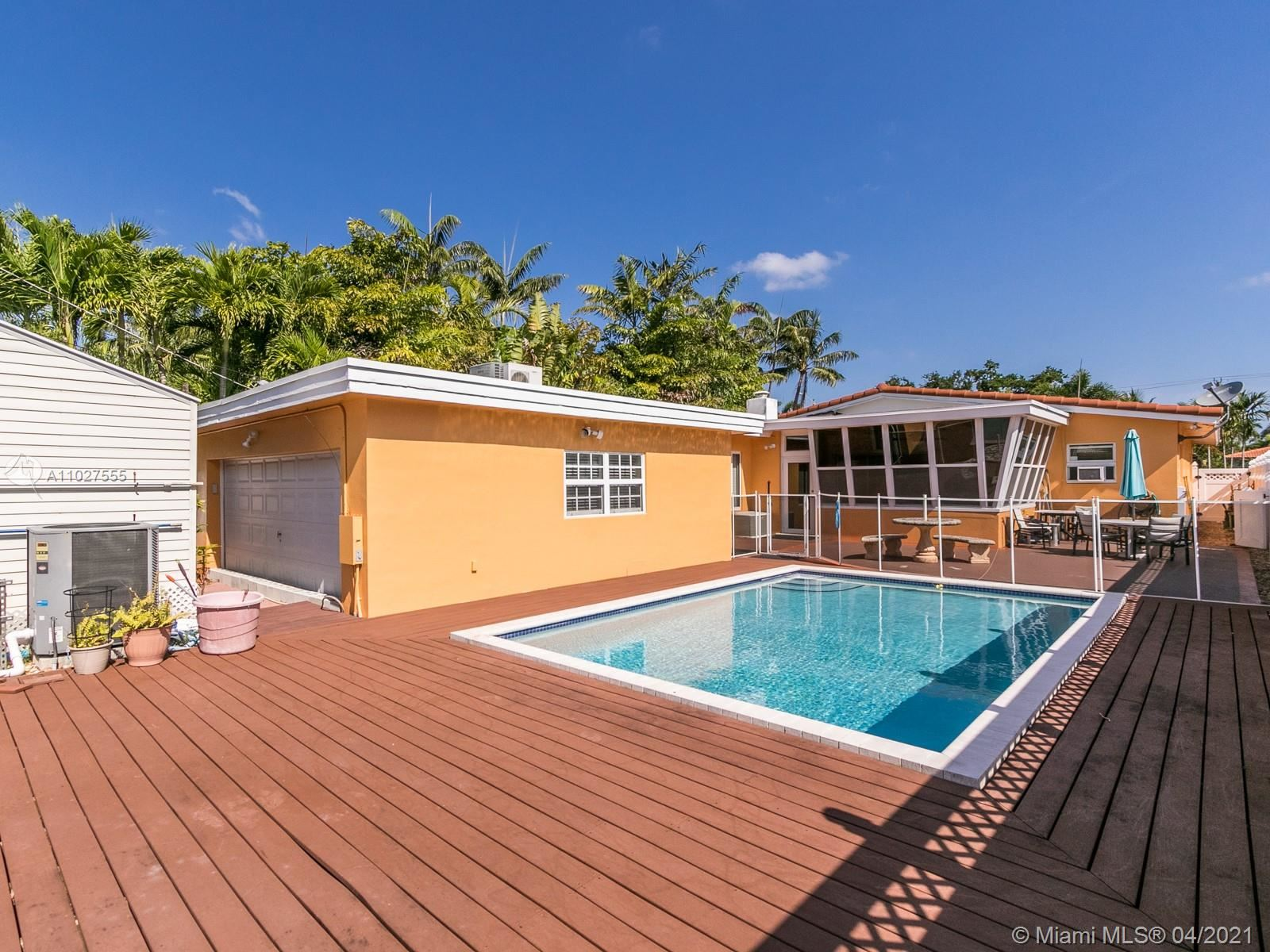 1430 Washington St, Hollywood, FL 33020 - #: A11027555