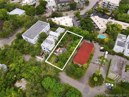 Photo of 6021 SW 76th St, South Miami, FL 33143 (MLS # A11107556)