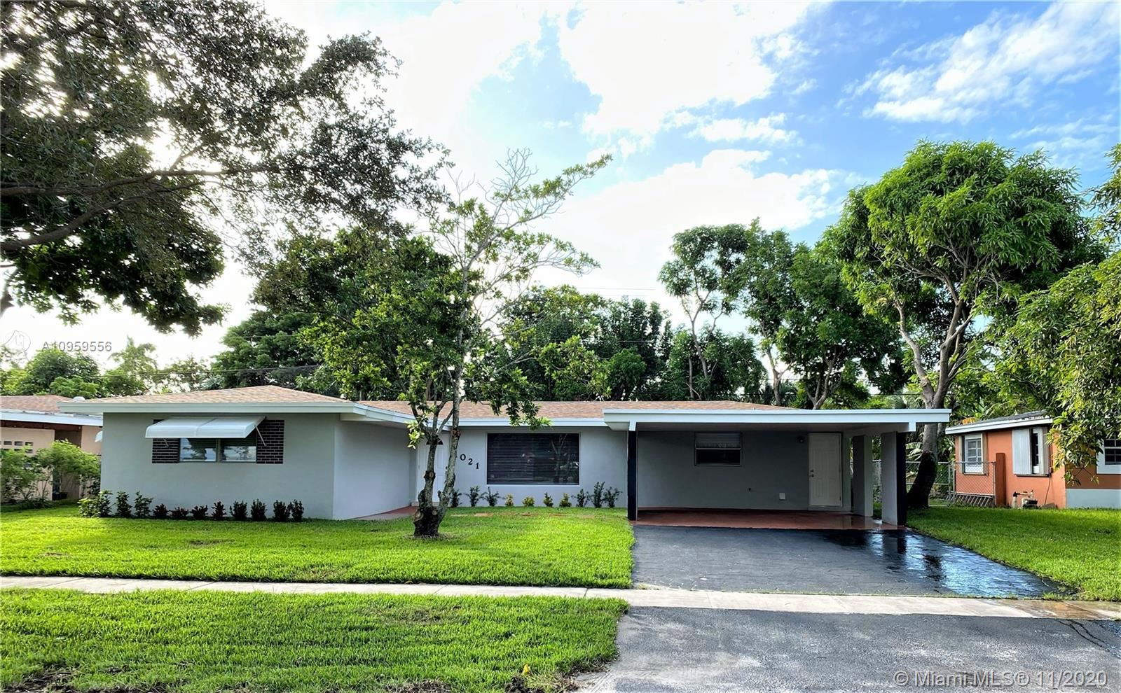 1021 SW 39th Ave, Fort Lauderdale, FL 33312 - #: A10959556