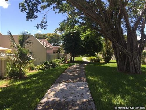 Photo of Listing MLS a10810557 in 8116 SW 82nd Pl #8116 Miami FL 33143