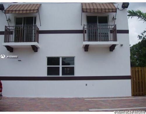 Photo of 2722 Coconut Ave #2722, Miami, FL 33133 (MLS # A10850557)