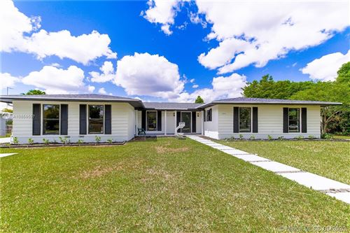 Photo of Listing MLS a10859557 in 8451 SW 152nd St Palmetto Bay FL 33157
