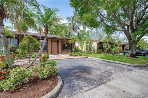 Photo of Listing MLS a10886557 in 10630 Cherry Ave #10630 Pembroke Pines FL 33026