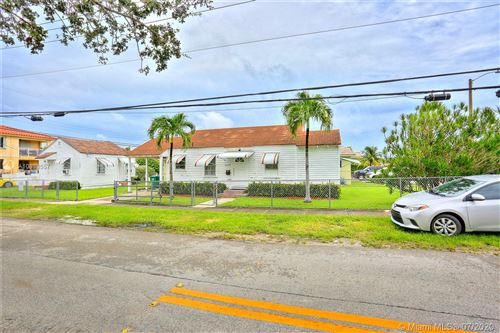 Photo of Listing MLS a10898557 in 2525 SW 36th Ave Miami FL 33133