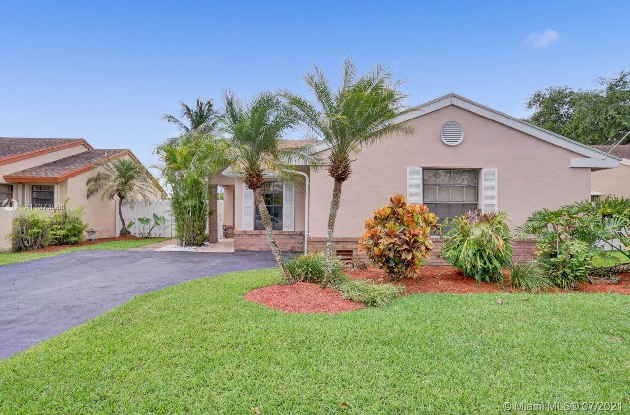 13740 Oak Ridge Dr, Davie, FL 33325 - #: A11073559