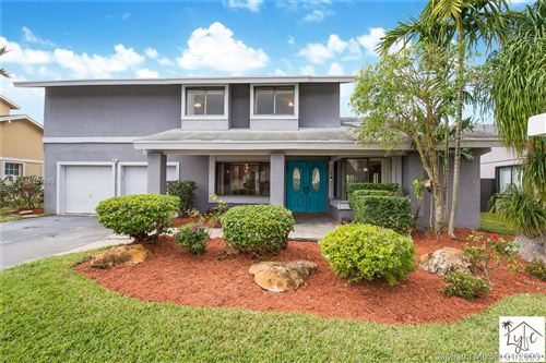 Photo of Listing MLS a10807560 in 11104 SW 128th Ct Miami FL 33186