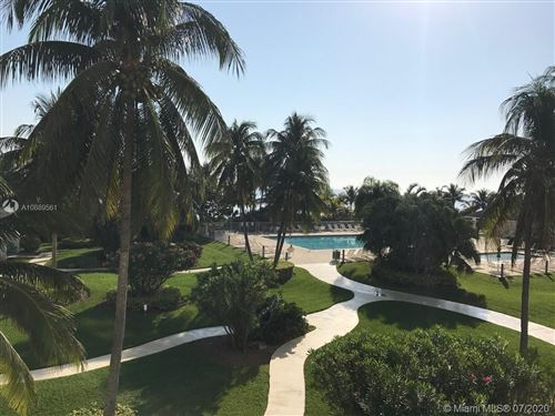 Photo of 881 Ocean Dr #L5, Key Biscayne, FL 33149 (MLS # A10889561)