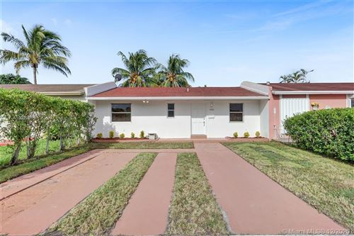 Photo of 5422 SW 128th Ave, Miami, FL 33175 (MLS # A10929561)