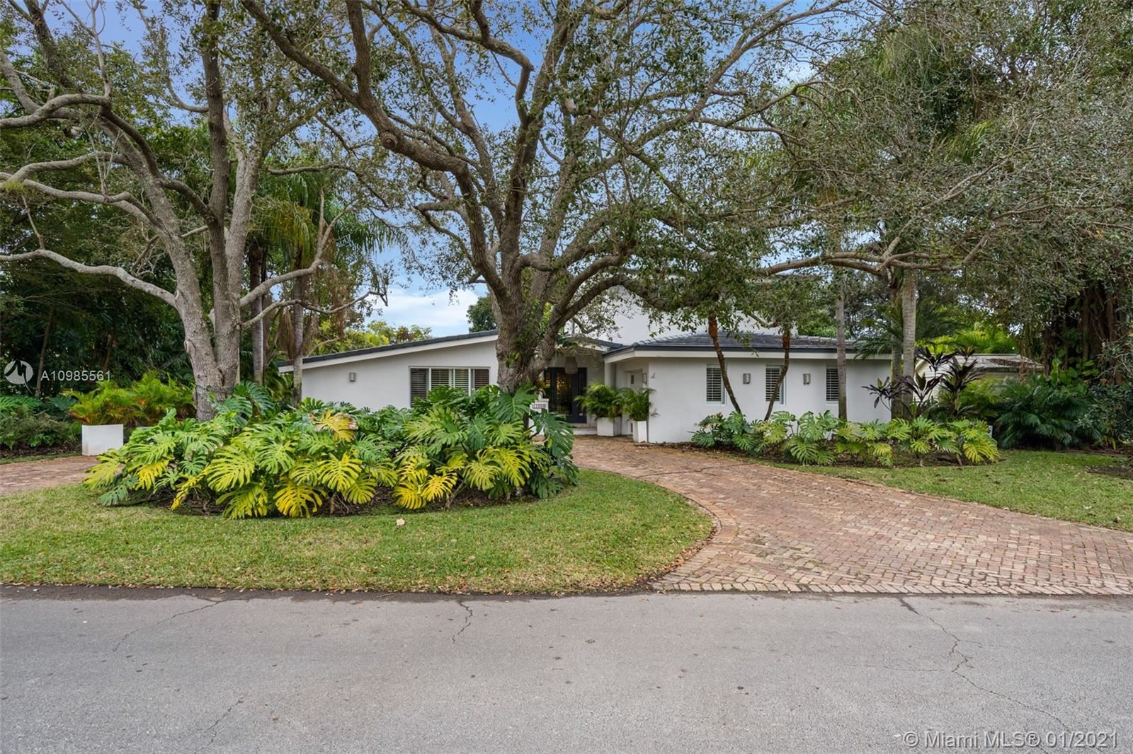 11900 SW 70th Ave, Pinecrest, FL 33156 - #: A10985561
