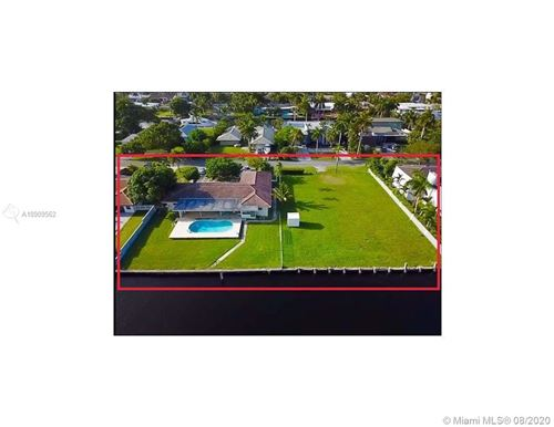 Photo of 419 Alamanda Dr, Hallandale Beach, FL 33009 (MLS # A10909562)