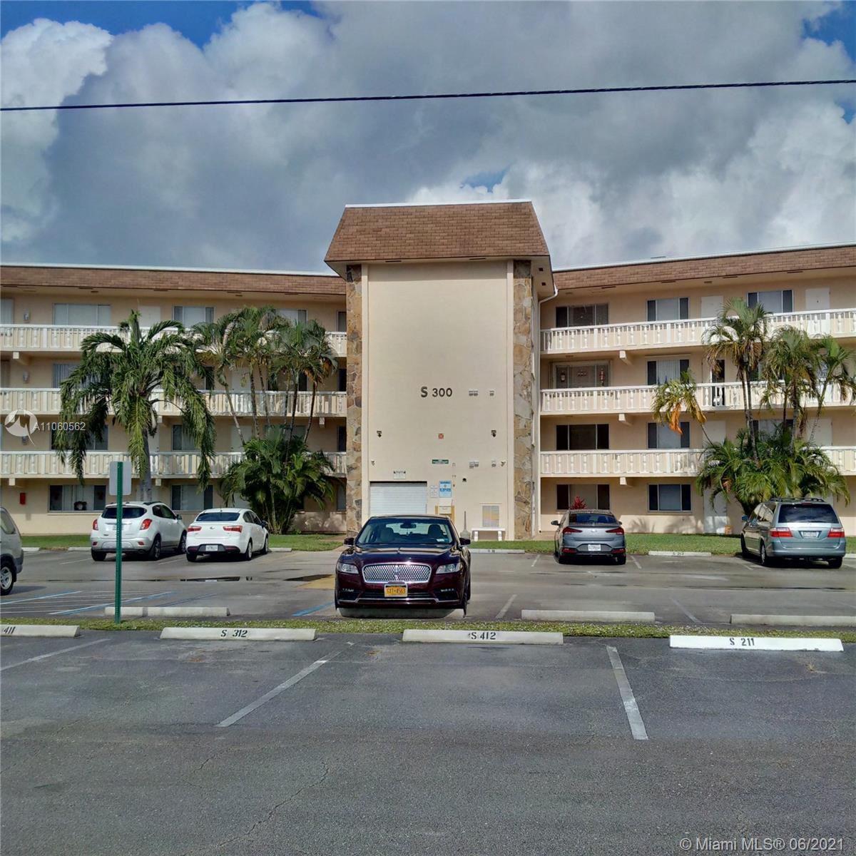 300 S Village Green Cir S #316, Palm Springs, FL 33461 - #: A11060562