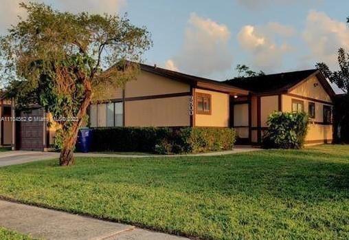 9800 W Elm Ln, Miramar, FL 33025 - #: A11104562