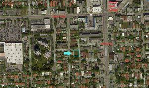 Photo of 2812 SW 10 ST, Miami, FL 33135 (MLS # A10522563)