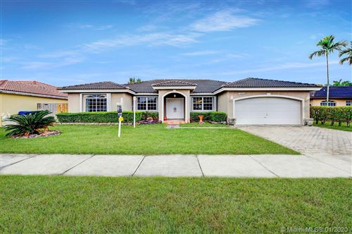 Photo of Listing MLS a10800563 in 15394 SW 172nd Ter Miami FL 33187