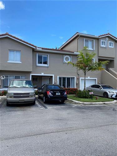 Photo of 136 Riviera Cir #136, Weston, FL 33326 (MLS # A11071563)
