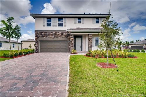Photo of Listing MLS a10811564 in 13135 SW 199 Ter Miami FL 33177