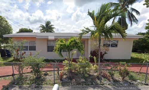 Photo of 17202 NE 4th Ave, North Miami Beach, FL 33162 (MLS # A10931564)