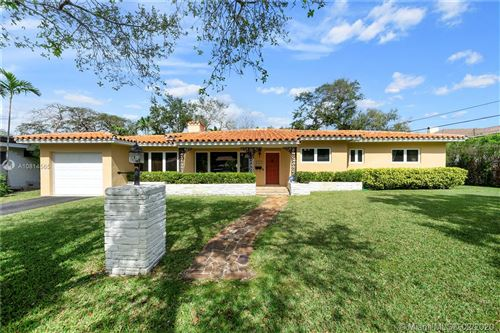 Photo of 915 Osorio Ave, Coral Gables, FL 33146 (MLS # A10814565)