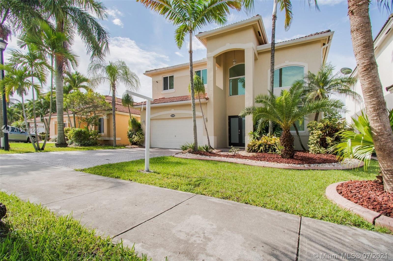 16342 SW 68th Ter, Miami, FL 33193 - #: A11071565