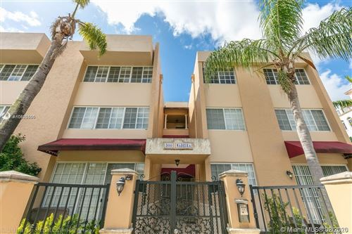 Photo of 300 Madeira Ave #304, Coral Gables, FL 33134 (MLS # A10825566)
