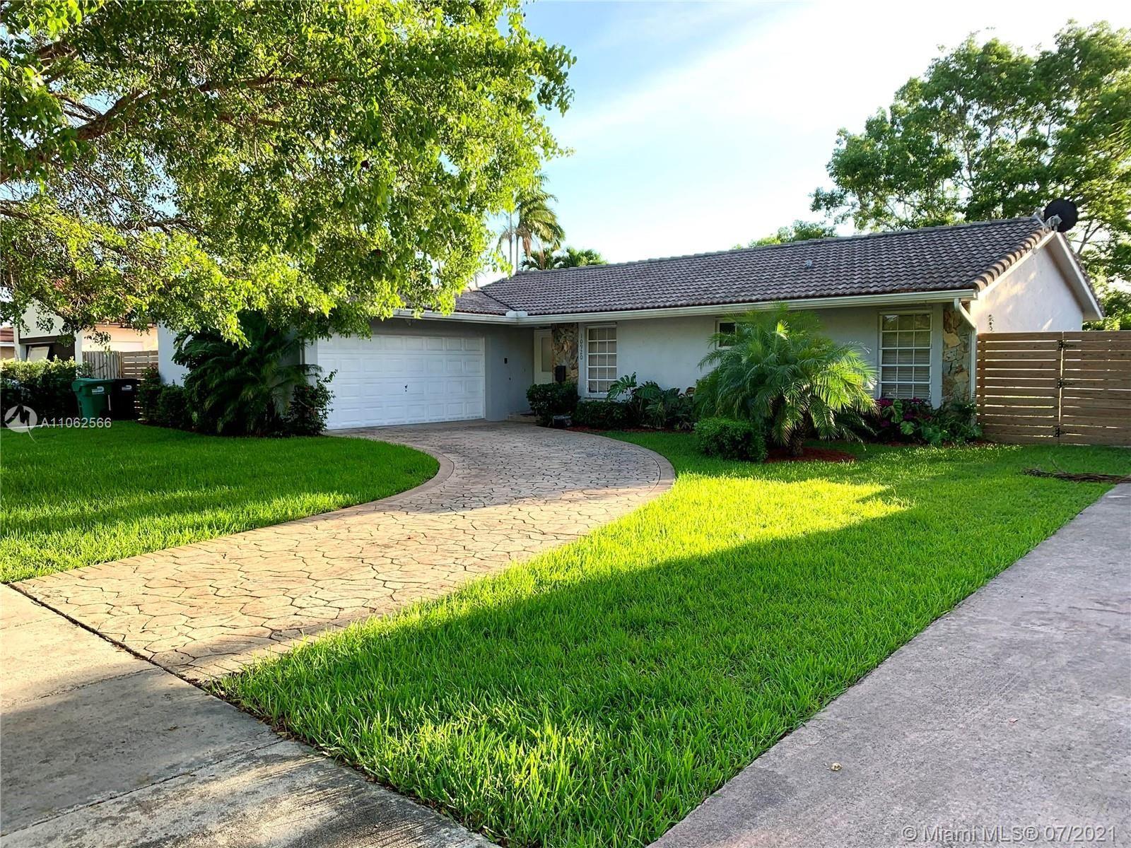 10920 SW 138th Ave, Miami, FL 33186 - #: A11062566