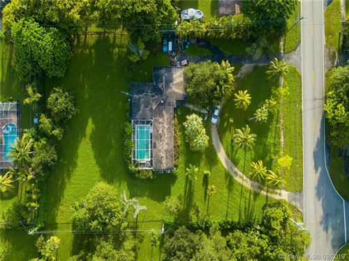 Photo of 7425 SW 136th St, Pinecrest, FL 33156 (MLS # A10740567)