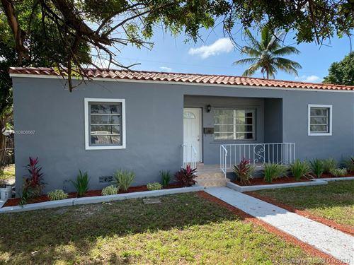 Photo of Listing MLS a10806567 in 1152 NE 167th St North Miami Beach FL 33162